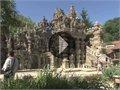 הטירה המדהימה שנבנתה על ידי אדם אחד