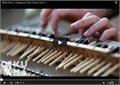 נגינה וירטואוזית על פסנתר מאולתרת
